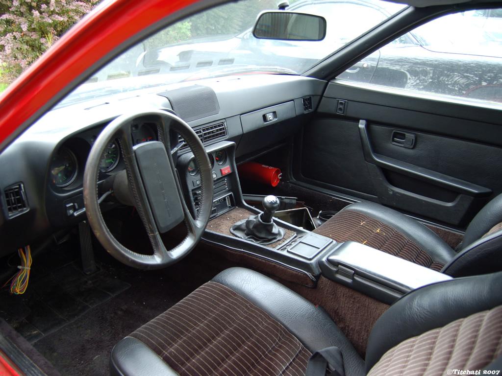 Restauration d'une Porsche 924 Turbo
